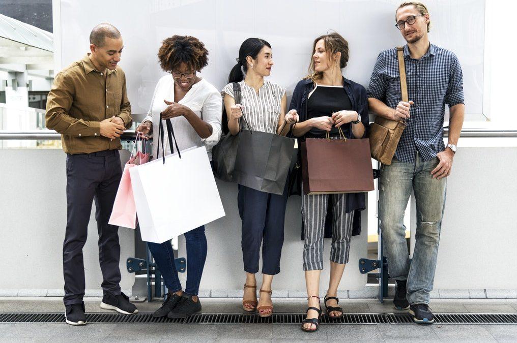 Försatt ökning av e-handeln:  Förväntas slå ut flera köpcentrum inom drygt ett år